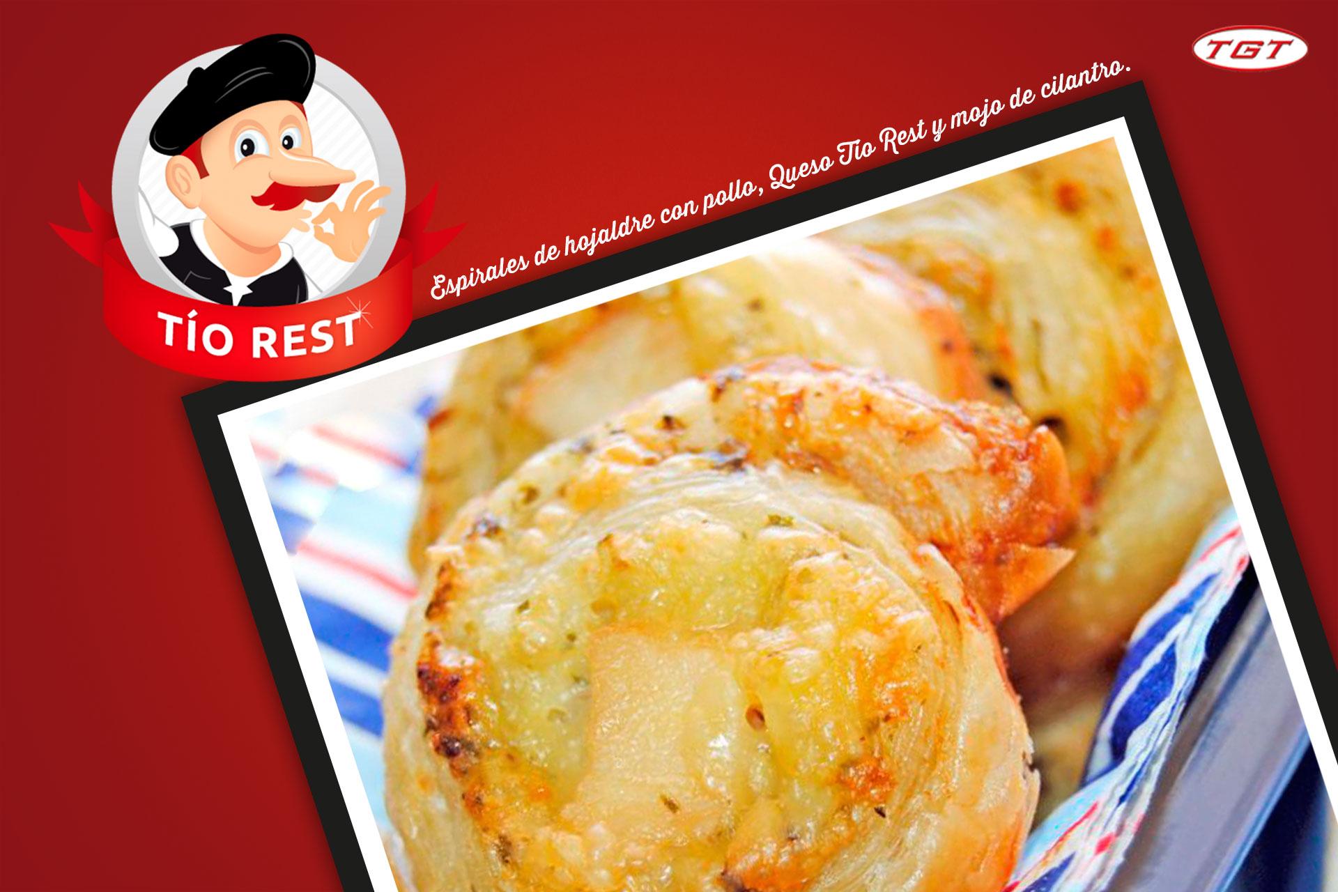 espirales-de-hojaldre-con-pollo-queso-tio-rest-y-mojo-de-cilantro